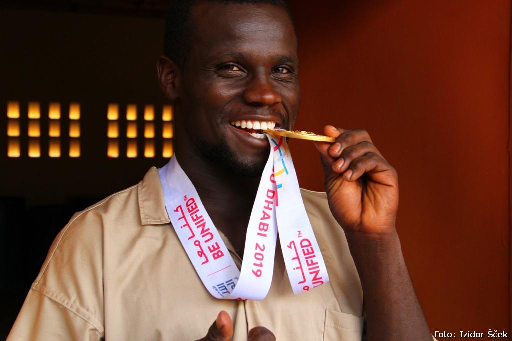 Najlepši nasmehi v Afriki. Doslej ...